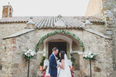 Charming Vintage Spanish Wedding caceres, jesus caballero photographer rustic wedding at a castle #castle #destination #spain #vintage #junebug #irish #londoners #ireland #uk