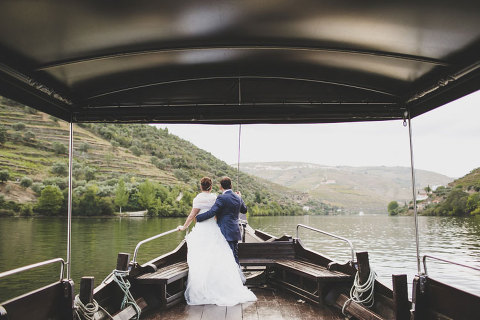 vintage wedding in Douro wine valley on a boat portugal by jesus caballero Portugal vintage wedding