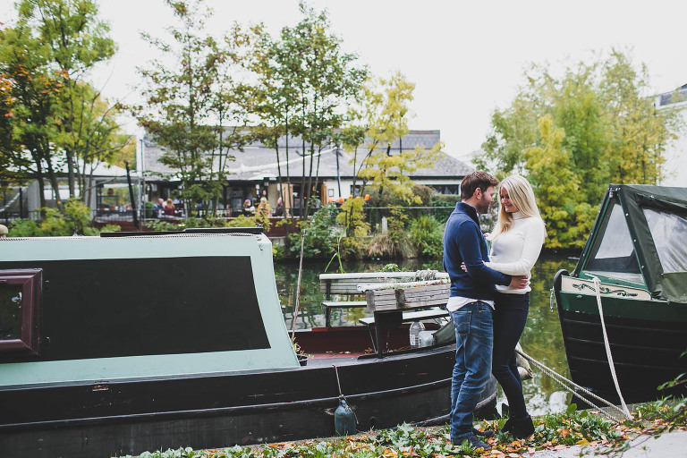 London wedding photograher couple wedding at canals little venice