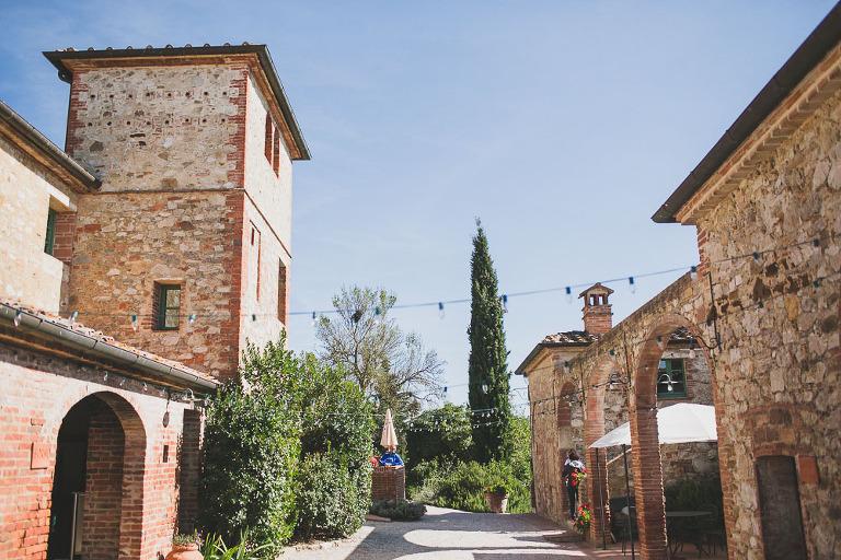 borgo casabianca asciano tuscany