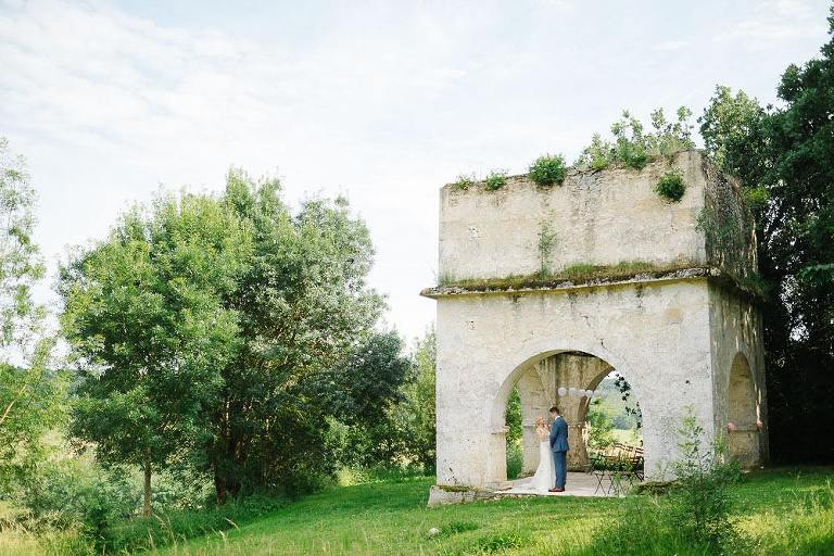 Chateau Puissentut charming countryside wedding eva-andrew