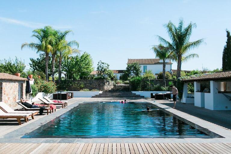 Herdade dos Alfanges viana do alentejo evora wedding venue pool